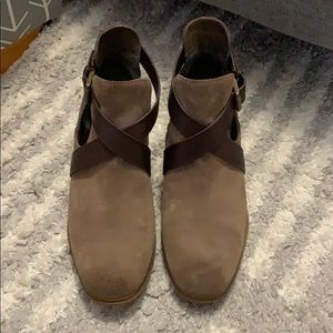 Women's boot in great condition size 6